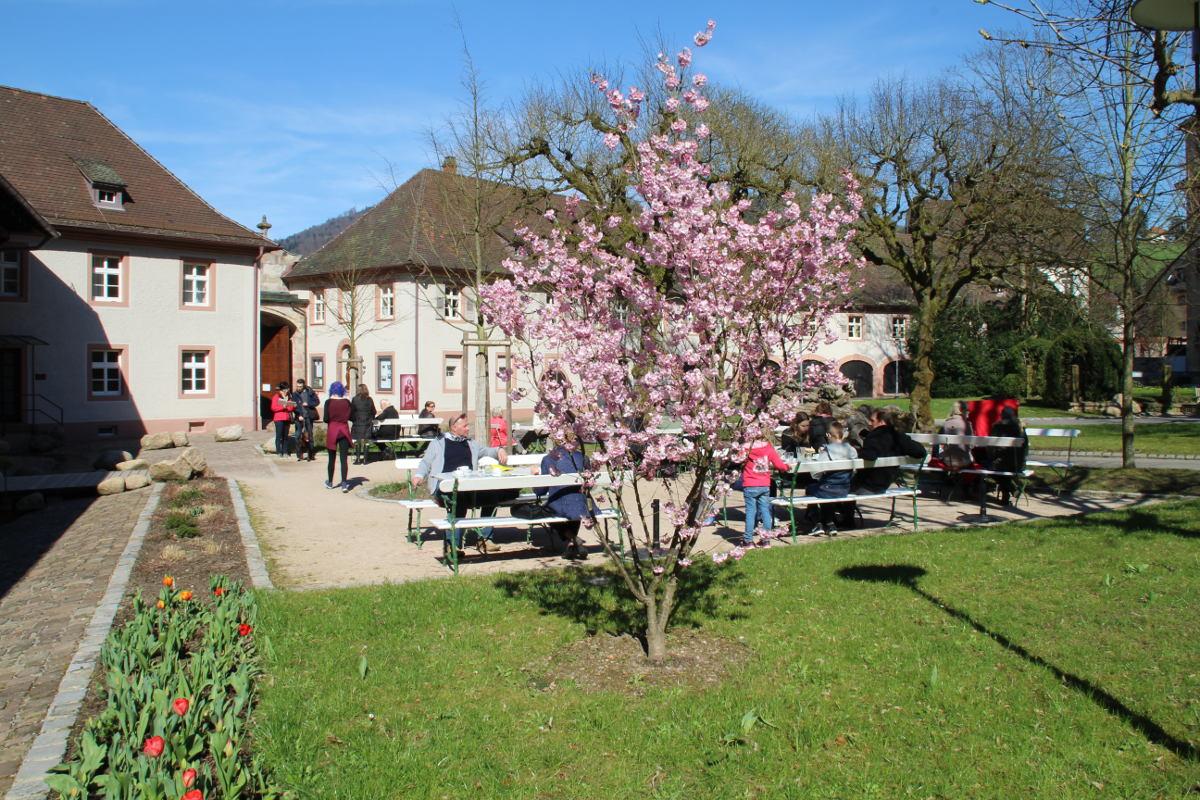 Café Lumen - Innenhof